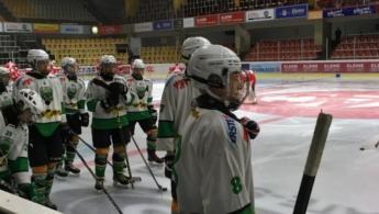 Mladinci uspešno prestali prvi ledeni test
